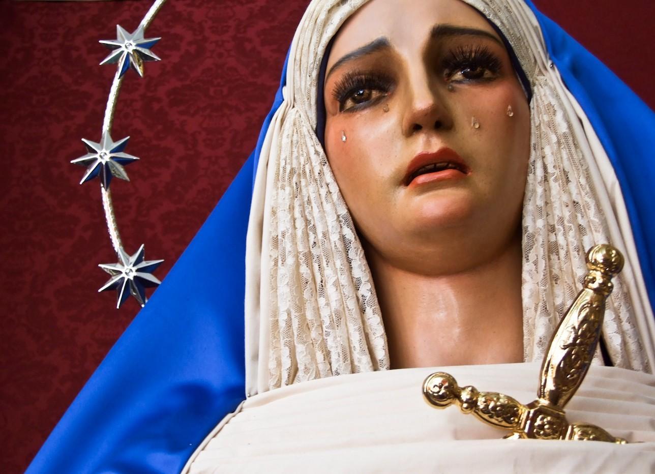 1252044 65660717 e1396643169819 - Mariánský kult, kult Panny Marie, Královna Nebes, Regina Coeli