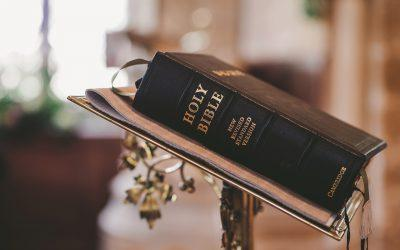 bible 2110439 1920 400x250 - Odkryté Lži
