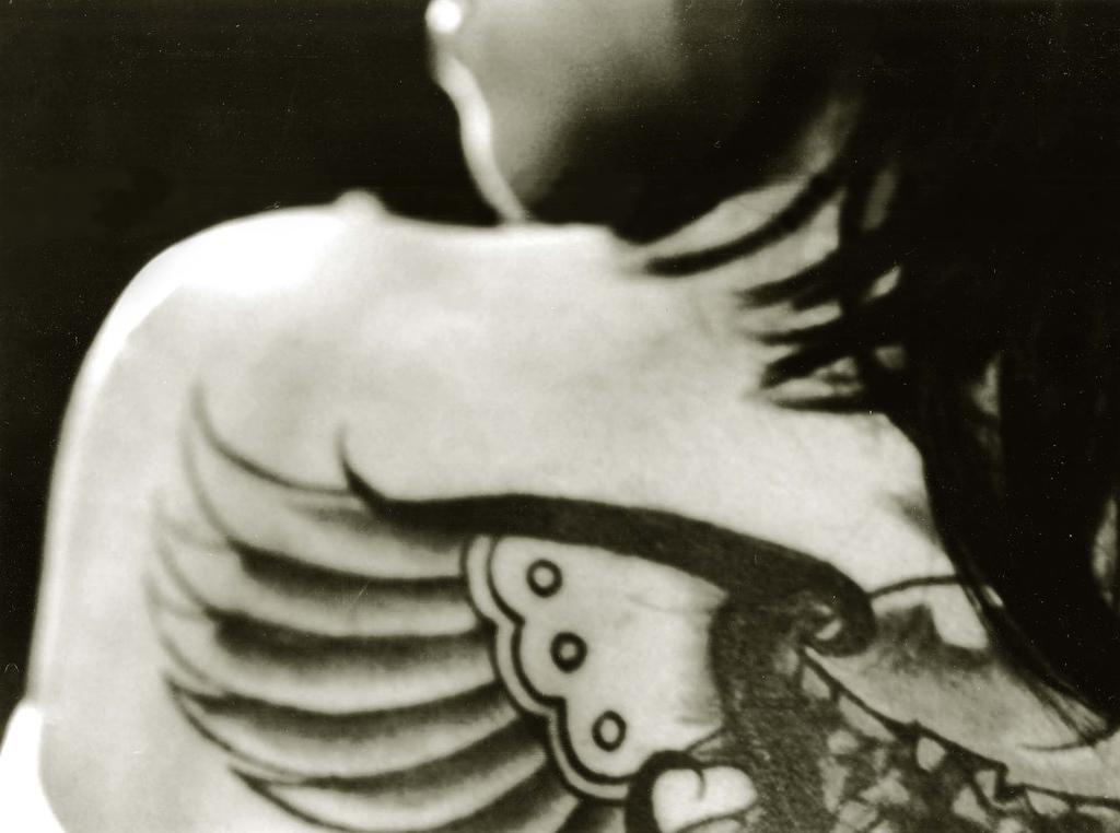 Tetování, symboly tetování, jizvení, piercing