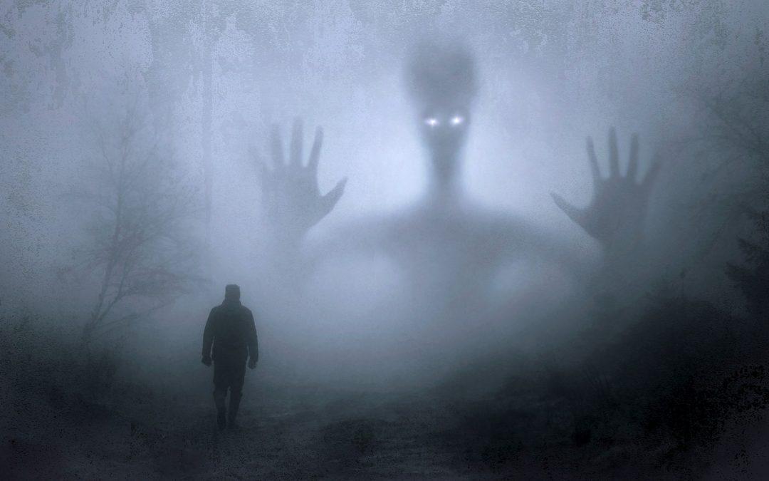 """Strašení, zjevení, podivné úkazy po spiritizmu, člověk, který otevřel """"duchovní okno"""""""