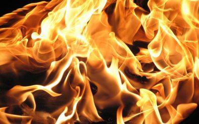 fire 1712030 1920 400x250 - Odkryté Lži
