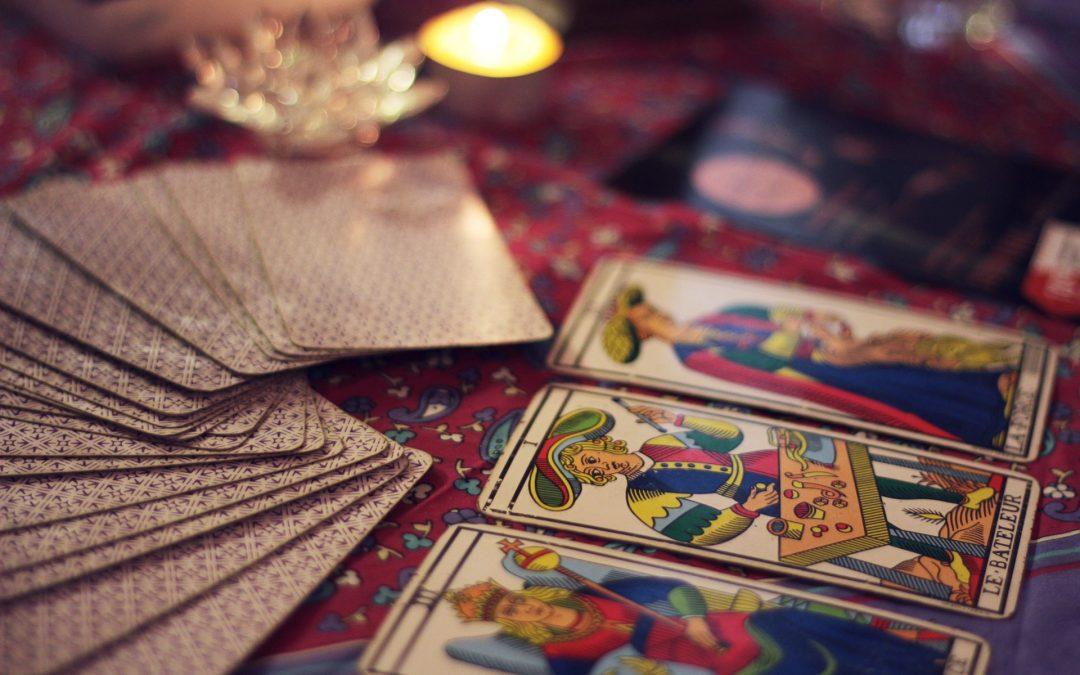 Horoskop, horoskopy, numerologie,výklady karet, věštění