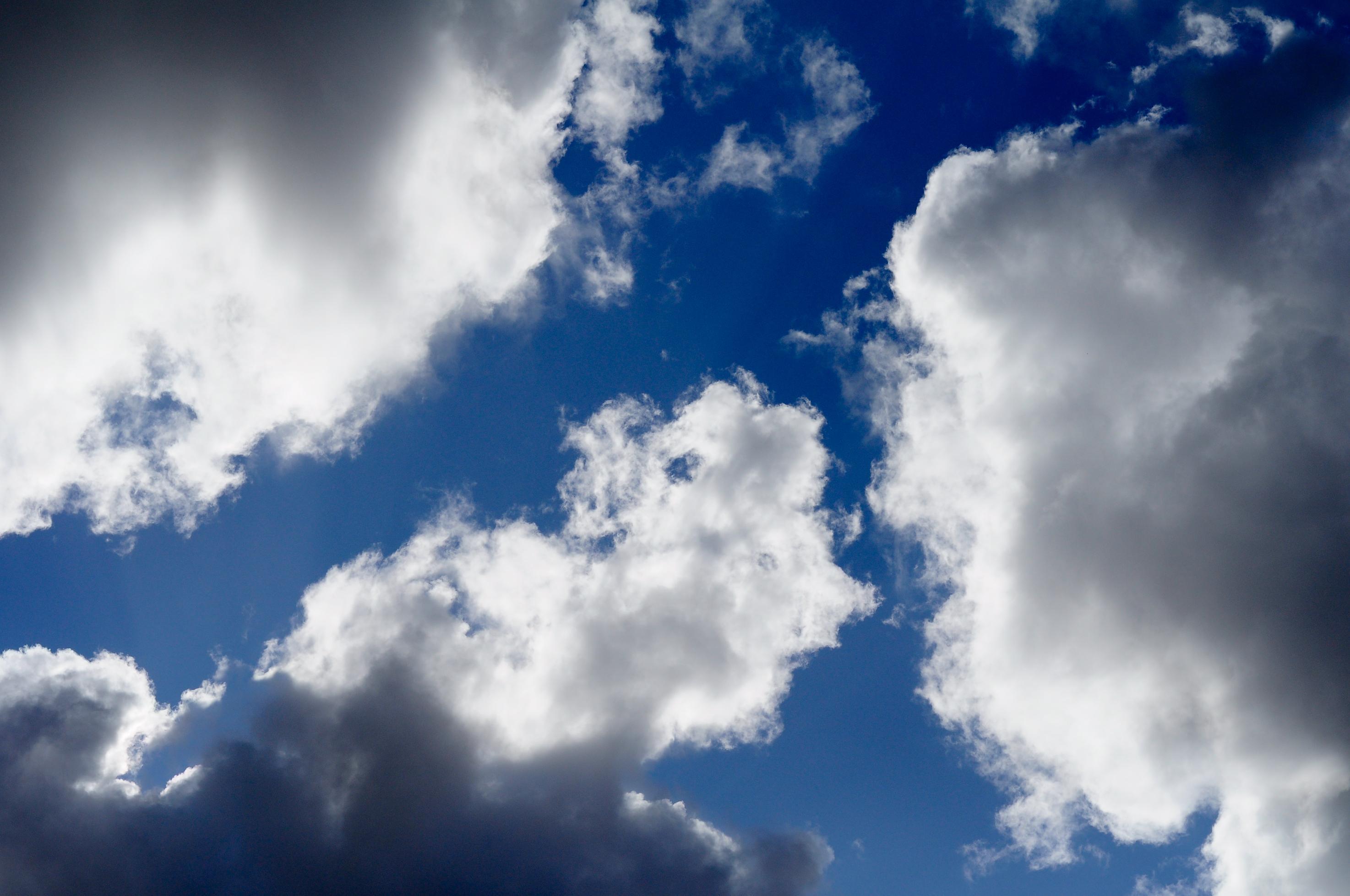 1251826 91587567 - Nebe si nárokují i lidé nemilující Boha