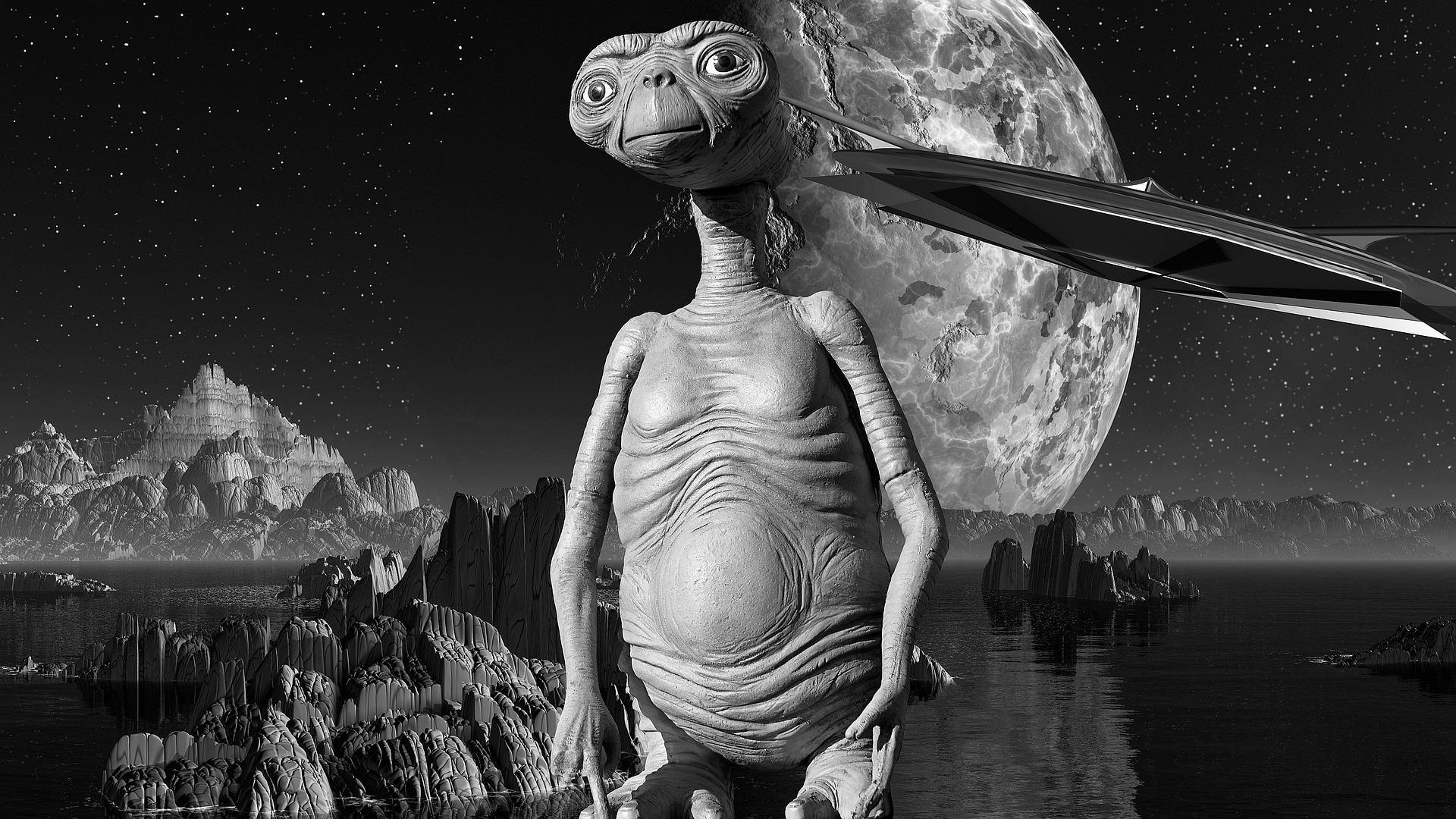et 1842515 1920 - Rozdíl mezi Perníkovou chaloupkou a roztomilým mimozemšťánkem