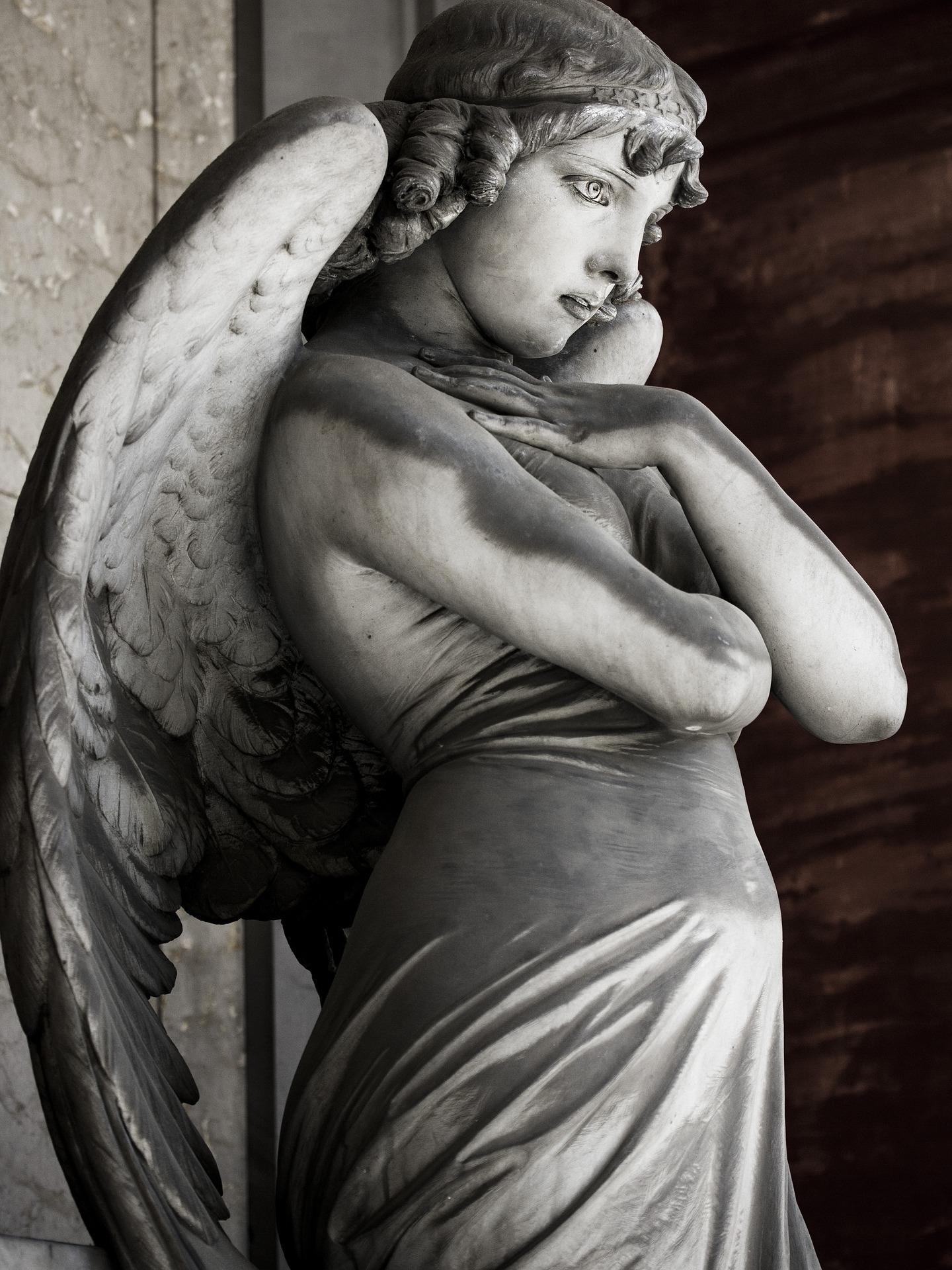 angel 2361010 1920 - Vzývání andělů je myšleno jako snaha přelstít Boha