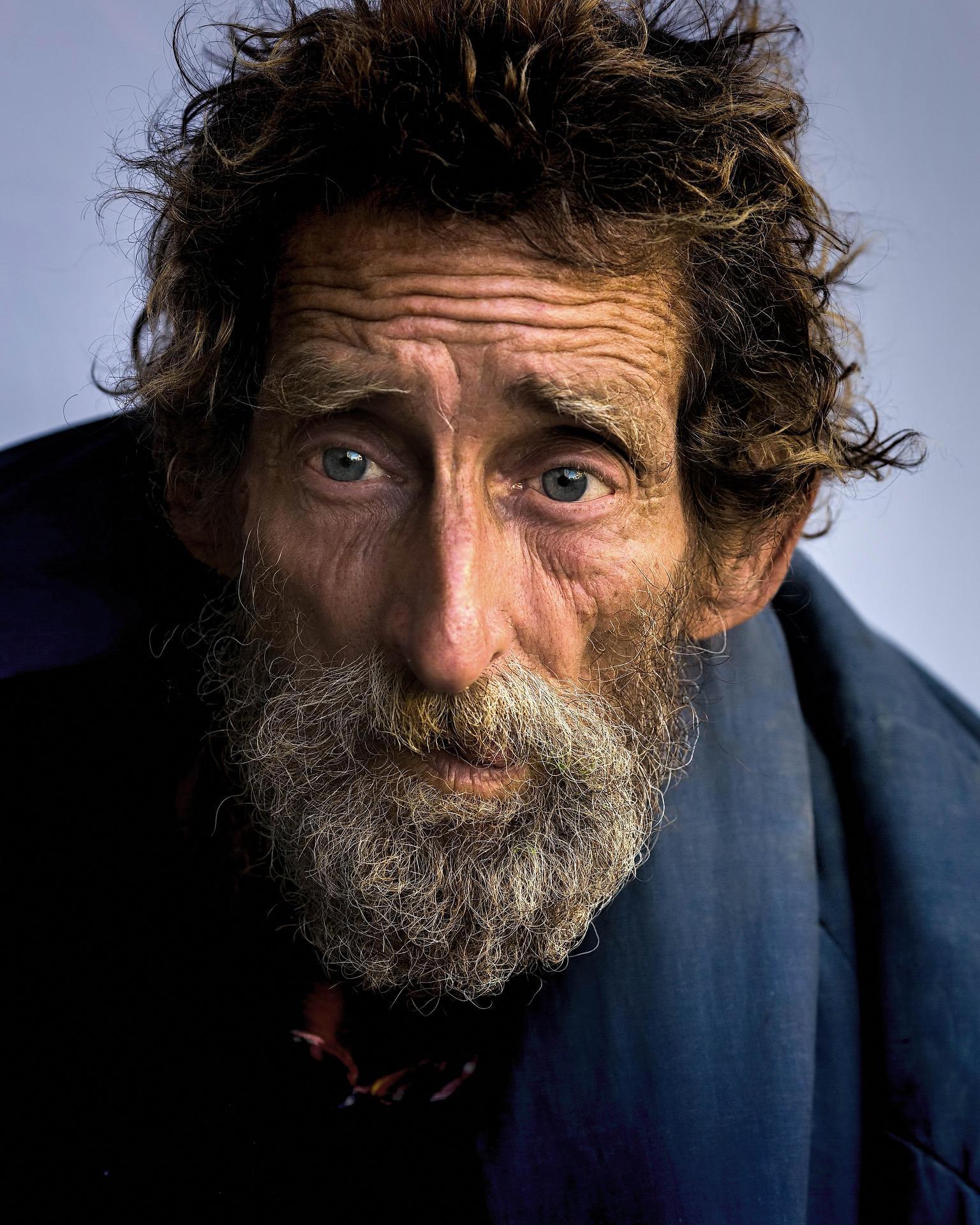 homeless 845709 1920 - Charita, benefiční akce, boj proti potratům